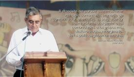 """Panel recordando la obra de José Luis Gavira, """"la voz de los pobres"""""""
