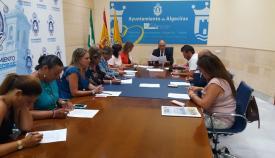 La Junta de Gobierno renueva y abona el convenio de colaboración con Cáritas