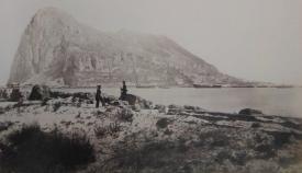 Soldados españoles en terrenos de la actual La Línea. Sobre 1868 (Colección G.W.Wilson)