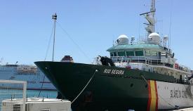 La patrullera oceánica 'Río Segura', del Servicio Marítimo de la Guardia Civil. Foto LR