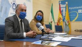 La edil Laura Ruiz junto al alcalde, José Ignacio Landaluce. Foto: NG