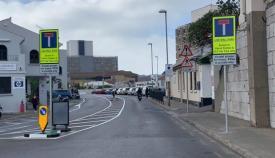 Una de las imágenes de Line Wall Road con los cambios de tráfico. Foto Twt