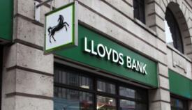 Imagen exterior de una sucursal de Lloyds