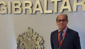 El presidente del GT, en una de sus visitas al Gobierno de Gibraltar