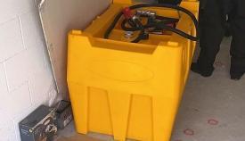 Máquina succionadora de combustible. Foto NG