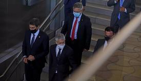 El ministro del Interior, Fernando Grande-Marlaska, en primera fila a la derecha, este lunes en Sevilla