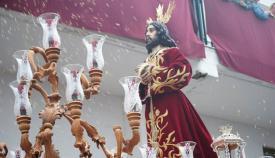 La imagen del Medinaceli en una de sus salidas procesionales