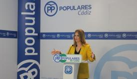 Ana Mestre durante una rueda de prensa en la sede provincial del PP