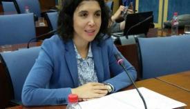 Noelia Ruiz valora las inversiones de la ITI en la Oficina Extenda del Campo de Gibraltar