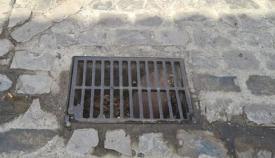 Vox pide una campaña de limpieza de imbornales y husillos en Algeciras