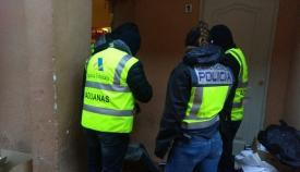 Agentes durante la Operación Lupita