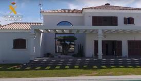 Una de las viviendas de los detenidos en las operaciones de la Guardia Civil