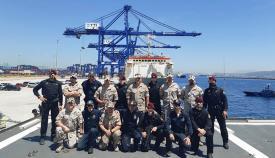 El dispositivo de presa al completo, tras finalizar la operación, en el puerto Bahía de Algeciras