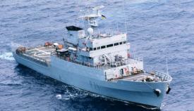 El 'Serviola (P-71) navega en demanda del Estrecho desde Ferrol. Foto ARMADA