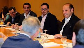 Representación del PP, encabezada por Pepe Ortiz, en la reunión con Horeca