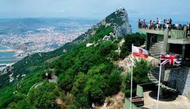 Imagen de Gibraltar desde una de las zonas más altas del peñón