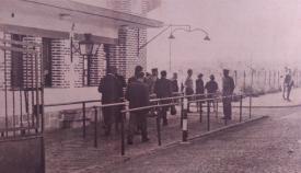 Parte española del paso fronterizo a mediados de los sesenta