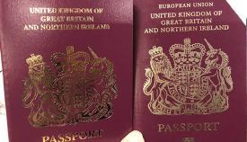 Pasaportes británicos, en el tuiter de Susan Hindle