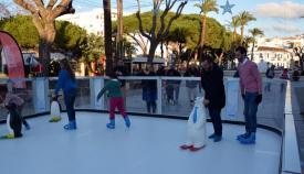 Imagen de archivo de la pista de patinaje instalada en la Alameda