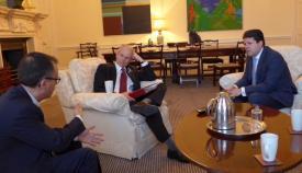 Picardo y García en su encuentro con Lidington