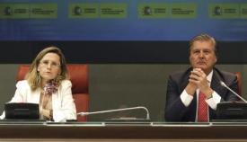 Imagen de archivo de Pilar Jurado con el actual portavoz del Gobierno, Iñigo Méndez de Vigo