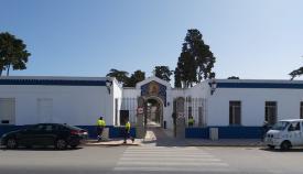Fachada principal del Cementerio de La Línea. Foto: lalínea.es