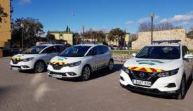 Varios vehículos de la Policía Local de La Línea