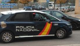 Un vehículo del Cuerpo Nacional de Policía