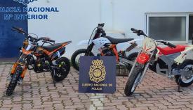Las motocicletas intervenidas por la Policía Nacional. Foto: Interior