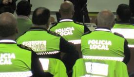 Agentes de la Policía Local de La Línea, en una imagen de archivo