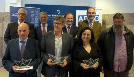 Imagen de grupo de todos los premiados con Landaluce y Martínez