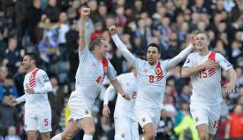 Primer gol oficial de la selección de Gibraltar en Escocia
