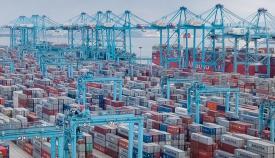 Los trabajos presentados deberán estar relacionados con el Puerto y sus instalaciones