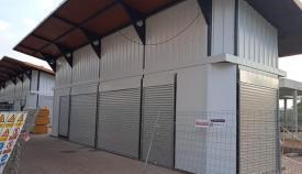 Los nuevos puestos del Bulevar de La Línea, casi finalizados. Foto: NG