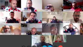 Las 'quedadas solidarias' en Algeciras permiten fabricar 700 viseras