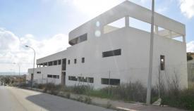 Edificio que debería albergar la residencia de mayores de Santa Margarita