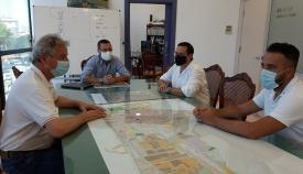 Un momento de la reunión entre Ayuntamiento y dirigentes de 'Amantes de la Copla'