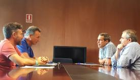 Responsables de Arcgisa y del Ayuntamiento linense, durante la reunión de hoy
