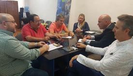 Reunión entre trabajadores españoles en Gibraltar, Astecg, y el PP en La Línea