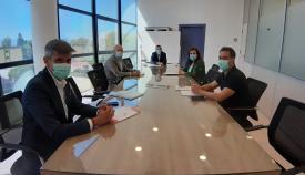 Un momento de la reunión para el 'Aula Mentor'. Foto: lalínea.es