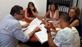 Los ediles Alejandro Azuaga y Mercedes Atanet estuvieron en la reunión