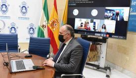 El Ayuntamiento se reúne con la AAVV La Buganvilla de Algeciras