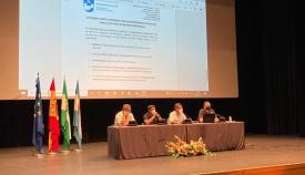Un momento de la reunión celebrada en el Palacio de Congresos. Foto: NG