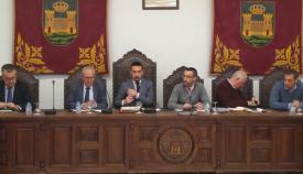 Un momento de la reunión de hoy entre la Junta y el Ayuntamiento de La Línea
