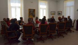 El alcalde de San Roque, reunido con los trabajadores de Ociosur