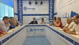 Reunión de Antonio Sanz con los diputados provinciales del PP