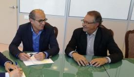 Lorenzo Pérez Periañez (I) junto a Juan Carmona
