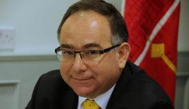 Roy Clinton, parlamentario del GSD