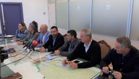 Responsables municipales y de Fegadi, hoy en rueda de prensa
