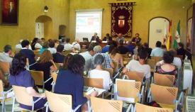 Sala de plenos el Palacio de los Gobernadores de San Roque, sede habitual de los Cursos de Verano de la UCA
